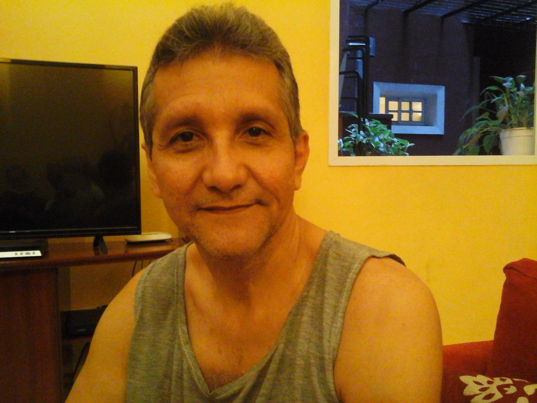 Como-nos-ven-Extranjeros-en-Argentina-Oropeza-2-Victor