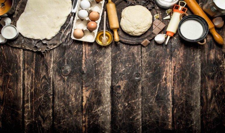 cocina, ingredientes y utensillos