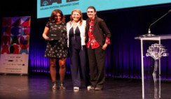 Premio a Lucia en el festival de Malaga