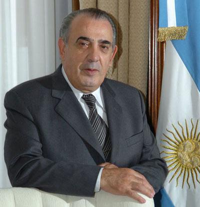 EDUARDO OSCAR CAMAÑO