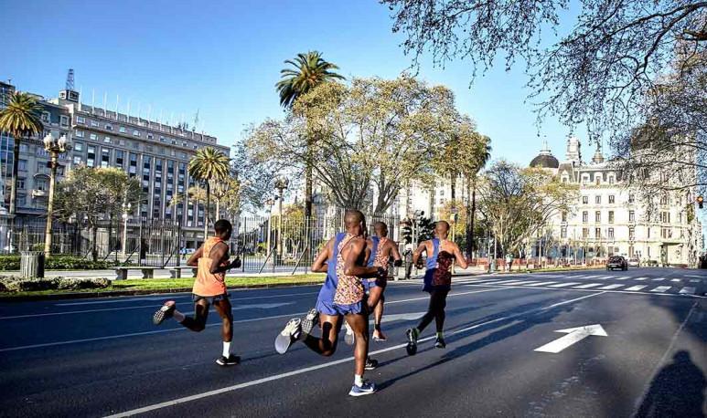 Un-maratón-teñido-de-éxito