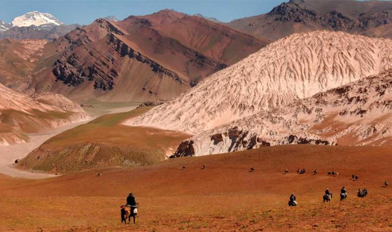 Carrovelismo,-cabalgatas-y-montañismo