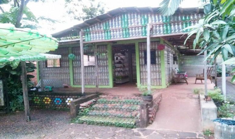 IIguazú-casa-de-las-botellas