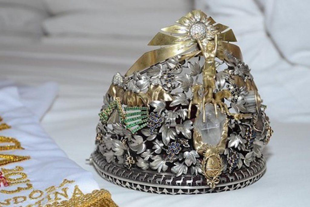 corona-de-la-reina