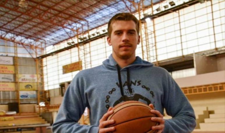 Matías Bortolín basquet cordobés