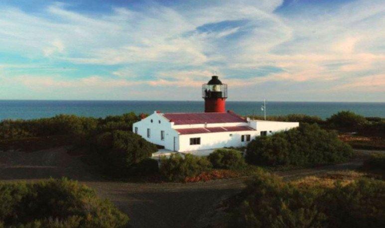Punta Delgada y su histórico faro
