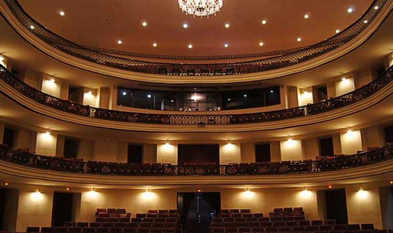 Un teatro que busca La Llave para salir adelante