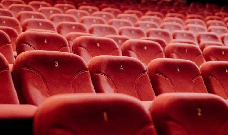 Red de teatros, red de amor