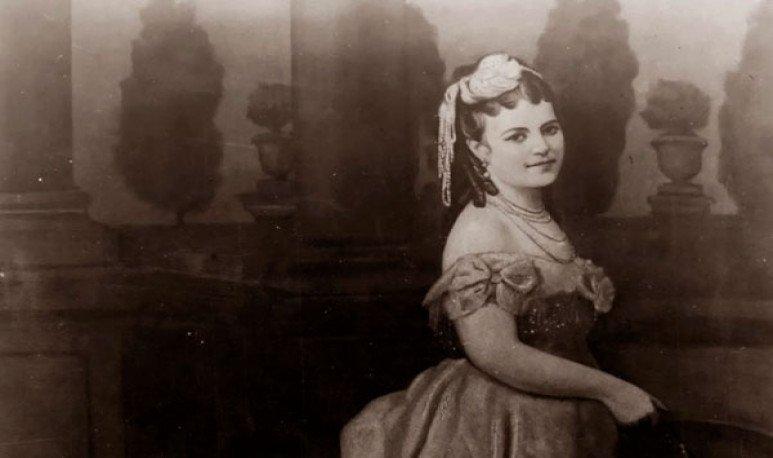 Eduarda Mansilla