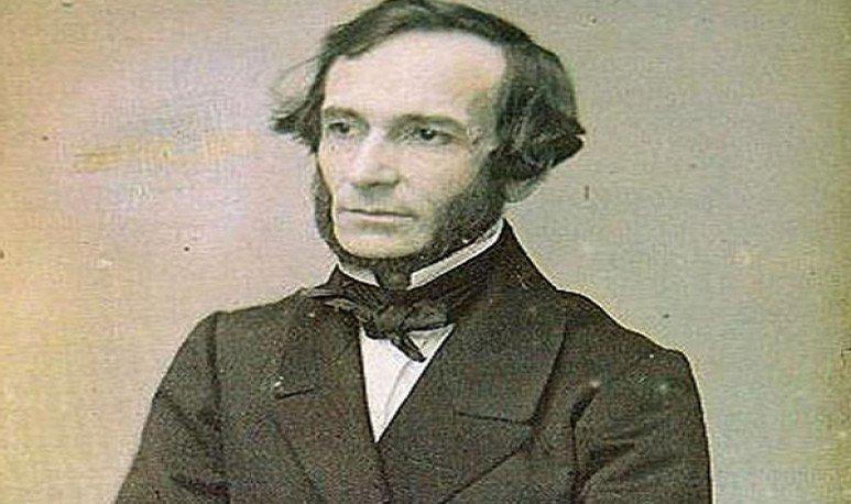 Fueabogado, jurista, economista, político, diplomático, pacifista, escritor y músico argentino, autor intelectual de la Constitución Argentina de 1853.