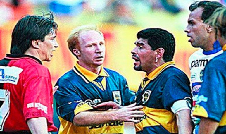 Víctor Müeller y Maradona