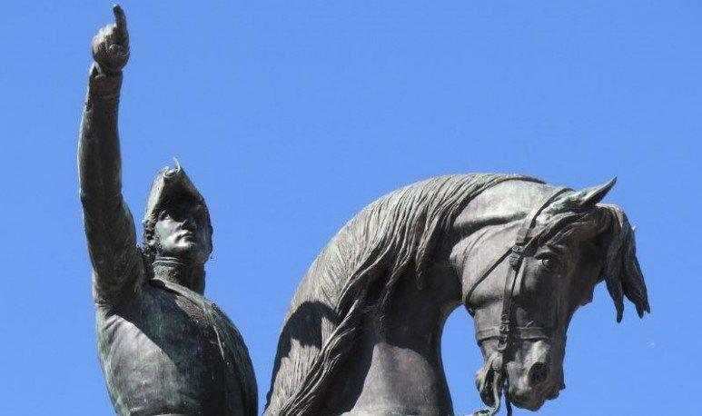 monumentos a san martin en argentina